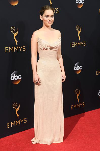 Atelier Versace「68th Annual Primetime Emmy Awards - Arrivals」:写真・画像(2)[壁紙.com]