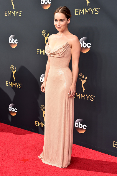 Atelier Versace「68th Annual Primetime Emmy Awards - Arrivals」:写真・画像(16)[壁紙.com]
