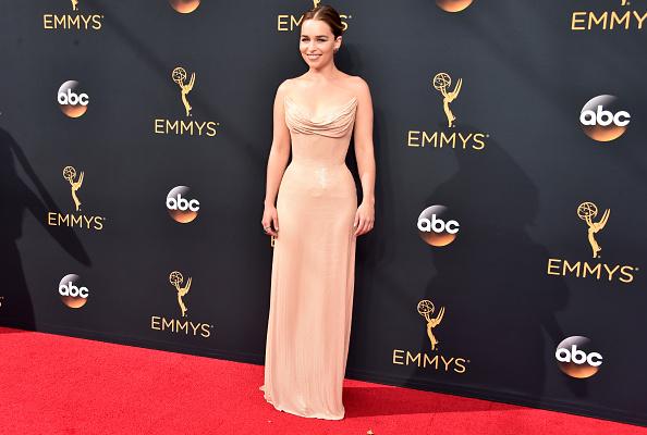 Atelier Versace「68th Annual Primetime Emmy Awards - Arrivals」:写真・画像(15)[壁紙.com]