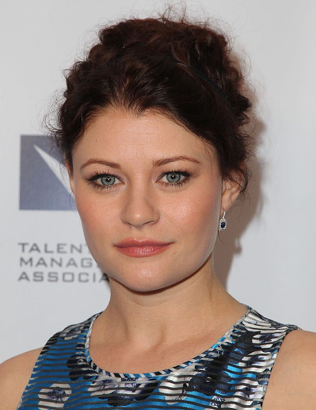 Emilie De Ravin「The TMA 2015 Heller Awards - Red Carpet」:写真・画像(12)[壁紙.com]
