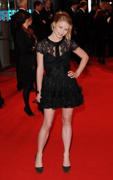 Emilie De Ravin「Remember Me: UK Film Premiere Outside Arrivals」:写真・画像(16)[壁紙.com]