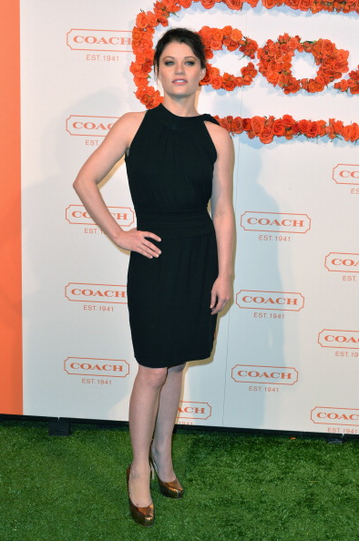 Emilie De Ravin「3rd Annual Coach Evening to Benefit Children's Defense Fund - Arrivals」:写真・画像(4)[壁紙.com]