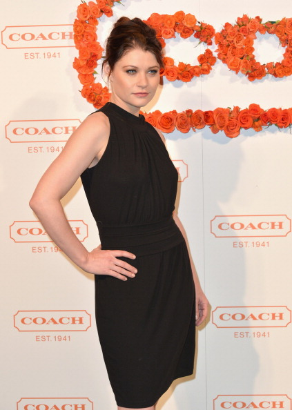 Emilie De Ravin「3rd Annual Coach Evening to Benefit Children's Defense Fund - Arrivals」:写真・画像(5)[壁紙.com]