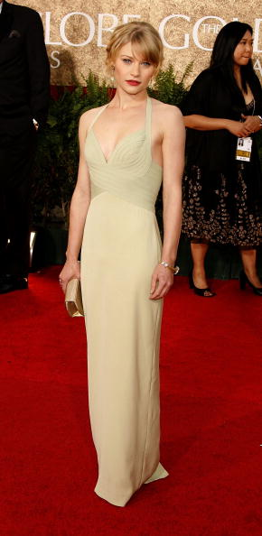 Emilie De Ravin「The 64th Annual Golden Globe Awards - Arrivals」:写真・画像(11)[壁紙.com]