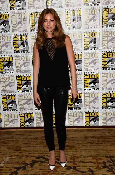 """Emily VanCamp「Marvel Studios' """"Thor: The Dark World,"""" """"Captain America: The Winter Soldier"""" And """"Guardians Of The Galaxy"""" Red Carpet - Comic-Con International 2013」:写真・画像(8)[壁紙.com]"""