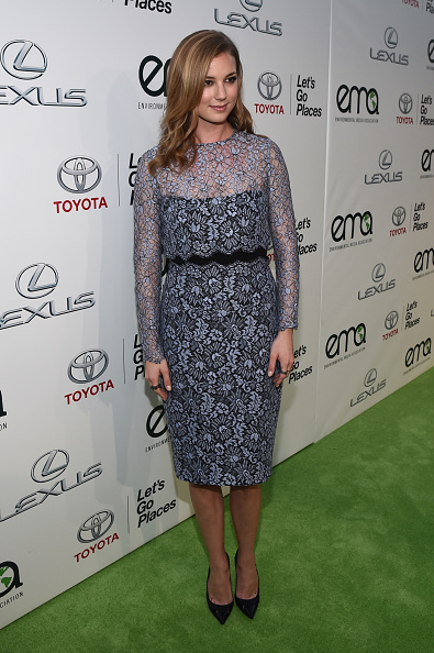 Emily VanCamp「24th Annual Environmental Media Awards Presented By Toyota And Lexus - Red Carpet」:写真・画像(7)[壁紙.com]