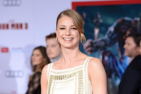 "Emily VanCamp「Premiere Of Walt Disney Pictures' ""Iron Man 3"" - Arrivals」:写真・画像(12)[壁紙.com]"