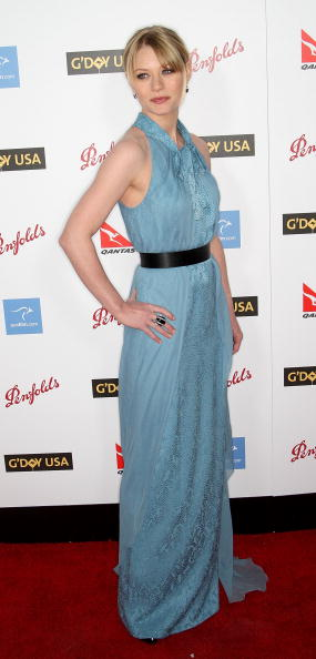 Emilie De Ravin「Australia Week's 2009 Black Tie Gala - Arrivals」:写真・画像(2)[壁紙.com]