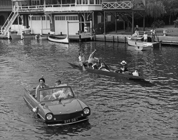 Transportation「Amphibious Car At Henley」:写真・画像(12)[壁紙.com]