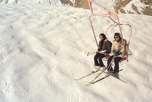 Ski-Wear「Iranian Ski Resort」:写真・画像(10)[壁紙.com]