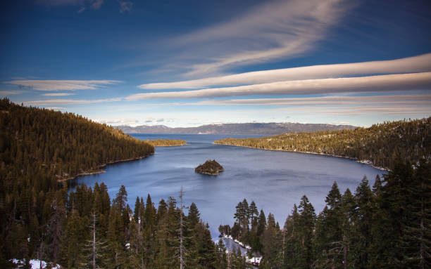 Emerald Bay, Lake Tahoe:スマホ壁紙(壁紙.com)