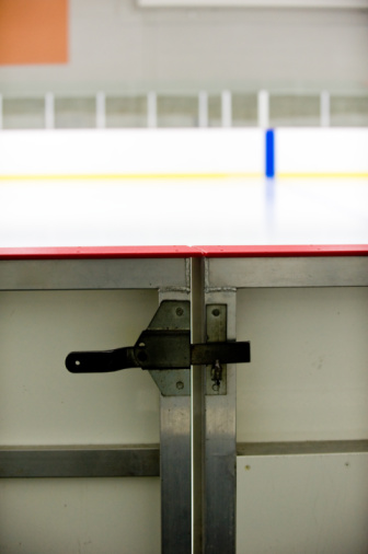 Hockey「Door to ice hockey rink」:スマホ壁紙(7)