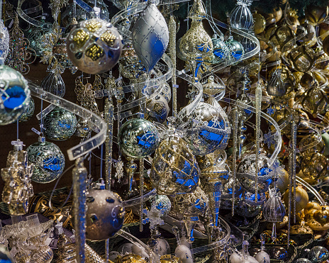 Austria「Christmas Decorations」:スマホ壁紙(1)