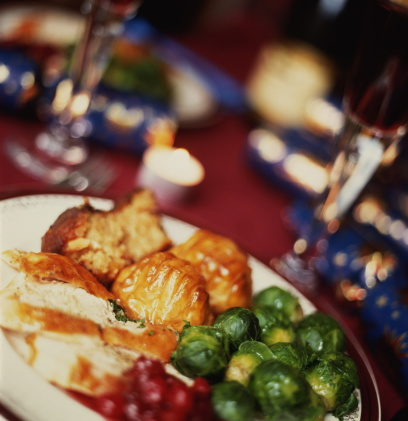 Christmas Cracker「Christmas dinner: roast turkey, roast potatoes and brussel sprouts」:スマホ壁紙(12)