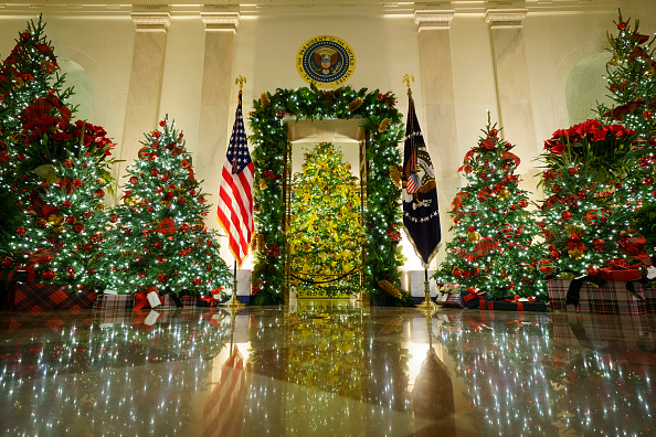 Holiday - Event「White House Holds Press Preview For Its Christmas Décor」:写真・画像(0)[壁紙.com]