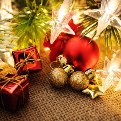 クリスマスカード「クリスマスデコレーション、コピースペース付き」:スマホ壁紙(17)
