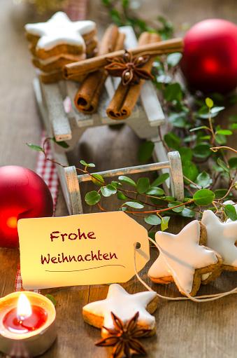 Sled「Christmas decoration with miniature sledge, tea light and cinnamon stars」:スマホ壁紙(14)