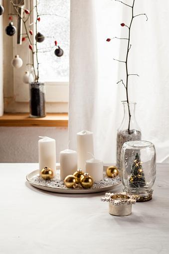 Tea Light「Christmas decoration on table」:スマホ壁紙(18)