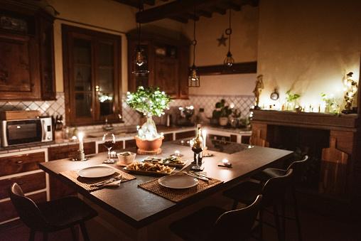 島「自宅でのクリスマスディナー」:スマホ壁紙(5)