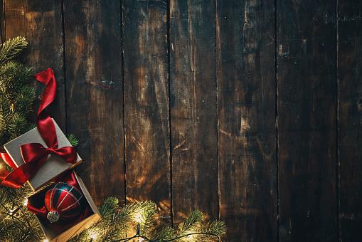 Christmas「Christmas Decoration with Ornaments and Holiday Lights」:スマホ壁紙(17)