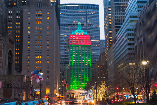 Avenue「Christmas decorations on Manhattan, New York City, New York State, USA」:スマホ壁紙(1)