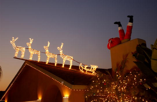Santa Claus「Americans Get Into Holiday Spirit with Christmas Lights」:写真・画像(13)[壁紙.com]