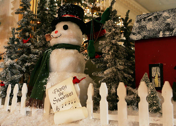 First Lady Laura Bush Shows White House Christmas Decorations:ニュース(壁紙.com)