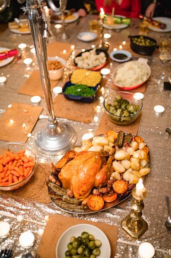 Christmas Cracker「Christmas Dinner is Ready」:スマホ壁紙(17)