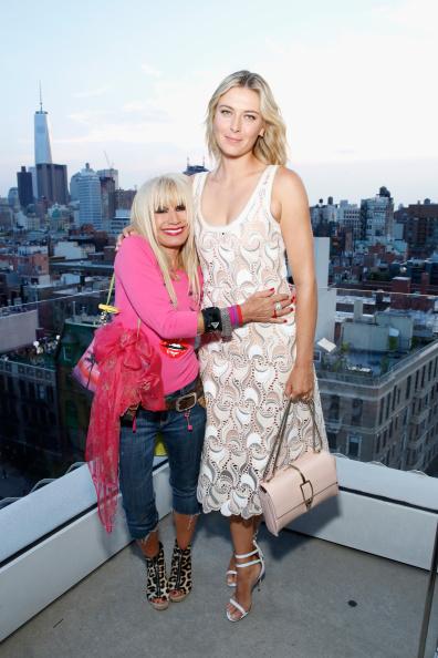 Breast「CFDA And Porsche Celebrate Fashion Targets Breast Cancer 20th Anniversary With Maria Sharapova」:写真・画像(9)[壁紙.com]