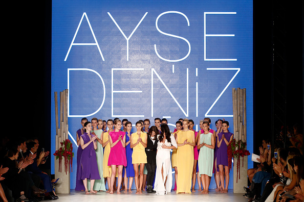 Gratitude「Ayse Deniz Yegin: Runway - MBFWI Spring/Summer 2015」:写真・画像(14)[壁紙.com]