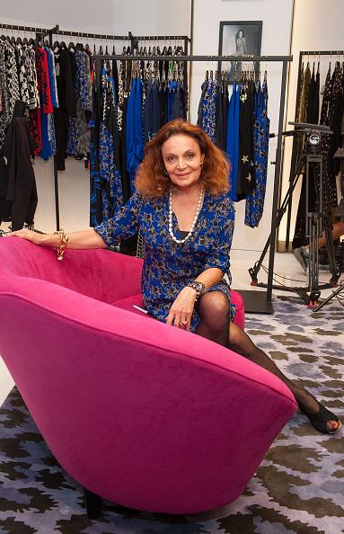 """Diane von Fürstenberg - Fashion Designer「Diane von Furstenberg Signs Copies of Her New Book, """"The Woman I Wanted To Be""""」:写真・画像(8)[壁紙.com]"""