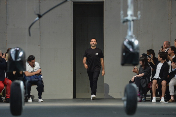 Gratitude「Givenchy : Runway - Paris Fashion Week - Menswear S/S 2015」:写真・画像(8)[壁紙.com]