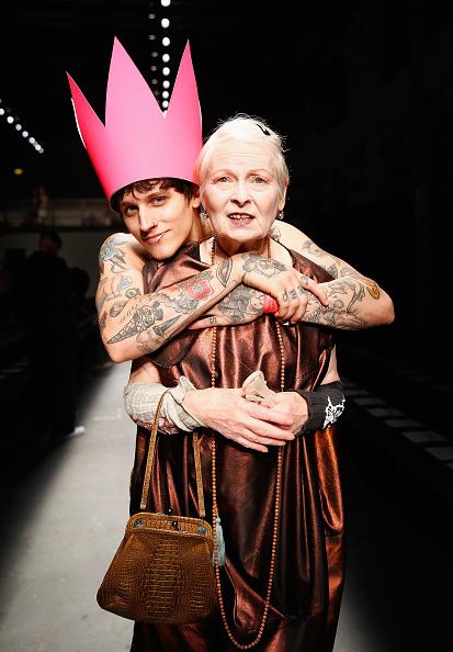 ロンドンファッションウィーク「Vivienne Westwood Red Label - Backstage - LFW SS16」:写真・画像(4)[壁紙.com]