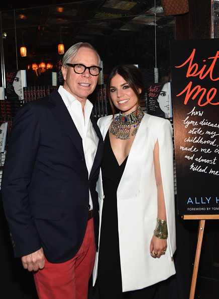 "Tommy Hilfiger - Designer Label「Ally And Tommy Hilfiger Celebrate The Launch Of Ally's Book, ""Bite Me""」:写真・画像(19)[壁紙.com]"
