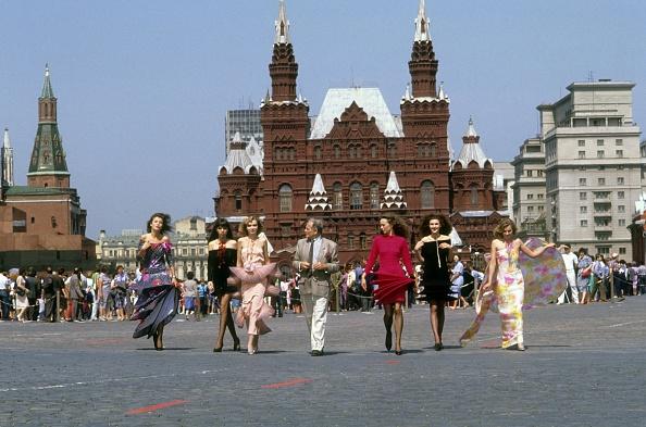 世界的な名所「Pierre Cardin」:写真・画像(12)[壁紙.com]