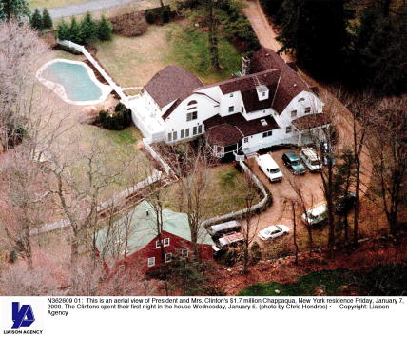 Residential Building「President and Mrs. Clinton's $1.7 million Chappaqua, New York residence」:写真・画像(7)[壁紙.com]
