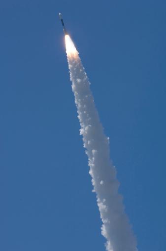 打ち上げロケット「Vandenberg successfully launched a Delta II rocket from Space Launch Complex-2」:スマホ壁紙(5)