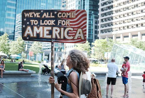 Democratic Party - USA「Activists Rally In Philadelphia Ahead Of The Start Of The Democratic National Convention」:写真・画像(5)[壁紙.com]