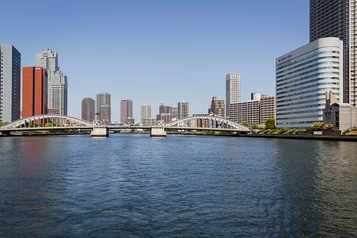 Japan「Kachidoki Bridge Crossing the Sumida River, in Koto Ward, Tokyo, Japan」:スマホ壁紙(8)