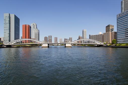 Japan「Kachidoki Bridge Crossing the Sumida River, in Koto Ward, Tokyo, Japan」:スマホ壁紙(4)