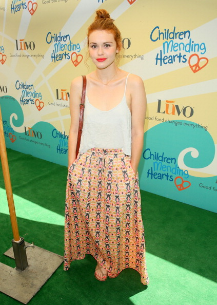 """Holland Roden「Children Mending Hearts 6th Annual Fundraiser """"Empathy Rocks: A Spring Into Summer Bash"""" In Beverly Hills, CA」:写真・画像(7)[壁紙.com]"""