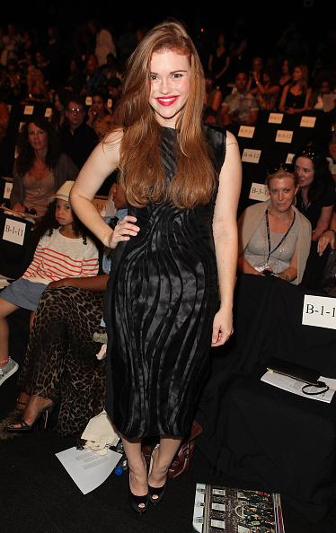 Holland Roden「Vivienne Tam - Front Row - Spring 2012 Mercedes-Benz Fashion Week」:写真・画像(6)[壁紙.com]
