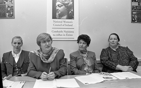 Behind「Noreen Byrne, Chairwoman of the National Women's Council of Ireland」:写真・画像(16)[壁紙.com]