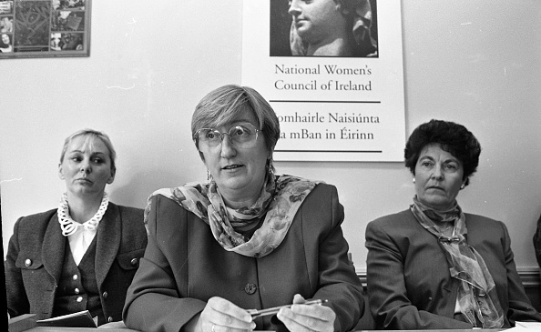 Behind「Noreen Byrne, Chairwoman of the National Women's Council of Ireland」:写真・画像(18)[壁紙.com]