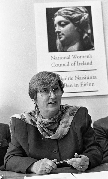 Behind「Noreen Byrne, Chairwoman of the National Women's Council of Ireland」:写真・画像(7)[壁紙.com]