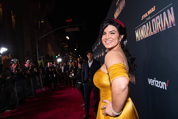 "The Mandalorian - TV Show「Premiere Of Disney+'s ""The Mandalorian"" - Red Carpet」:写真・画像(14)[壁紙.com]"