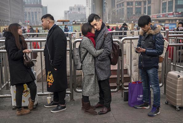 Dividing「Chinese Travel For Lunar New Year」:写真・画像(13)[壁紙.com]