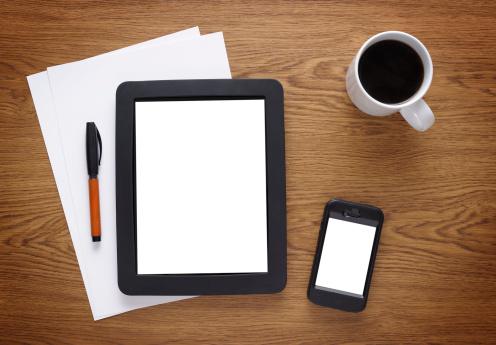 Coffee Break「White screen tablet pc and smart phone」:スマホ壁紙(5)
