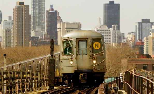 Subway「MTA Celebrates New York Subway System's 100th Anniversary」:写真・画像(19)[壁紙.com]