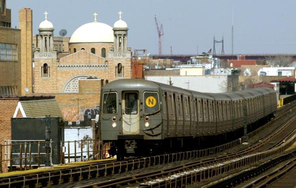 Subway Train「MTA Celebrates New York Subway System's 100th Anniversary」:写真・画像(6)[壁紙.com]